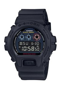 Picture: CASIO DW-6900BMC-1ER